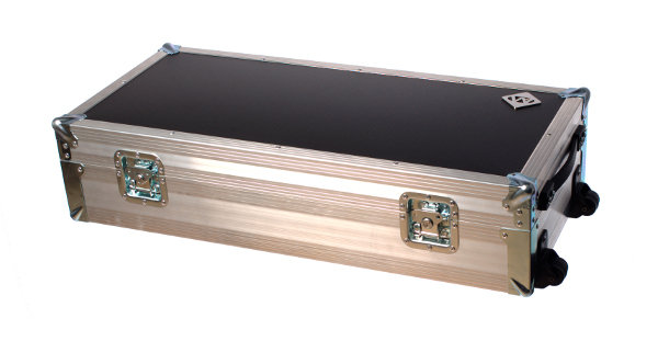 2 Octave Wernick Flight Case with space for accessories